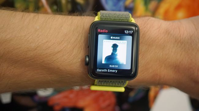 how to use spotify on apple watch 3